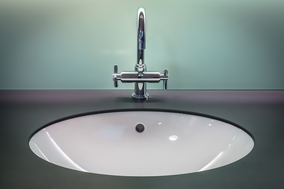 Can You Use Steel Wool To Remove Stains From A Fiberglass Sink - Remove stains from bathroom sink
