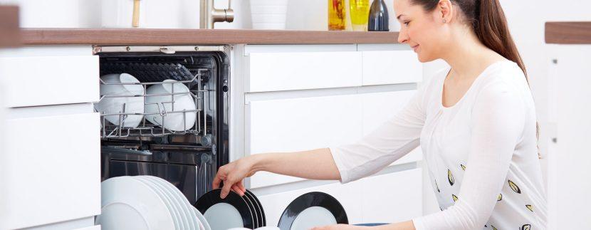 how to keep dishwasher clean