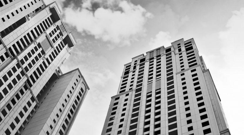 high rise building in Dubai