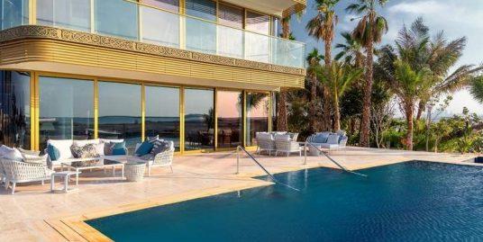 Luxury floating home