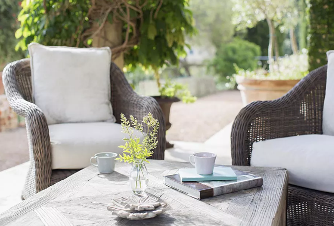 Buying Outdoor Furniture