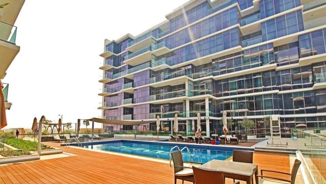 3 Bedroom Apartment in Golf Terrace for Sale